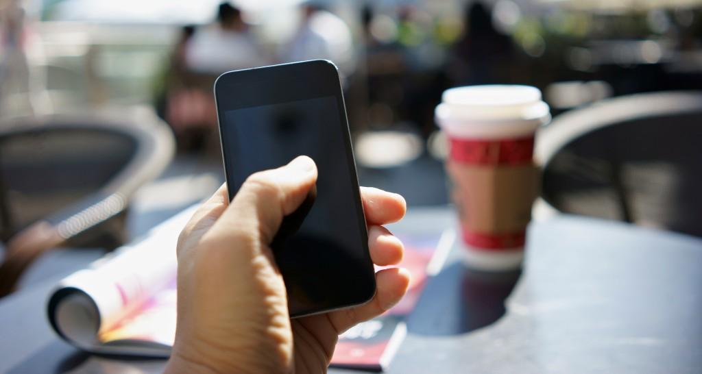 smartphone_freizeit_imCafe