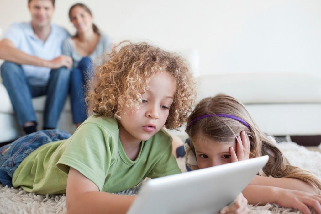 """Sichere undn verantwortungsvolle Nutzung des Internet für Kinder. Heute ist der """"Safer Internet Day"""""""
